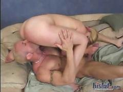 Genesis pussy gets stretched